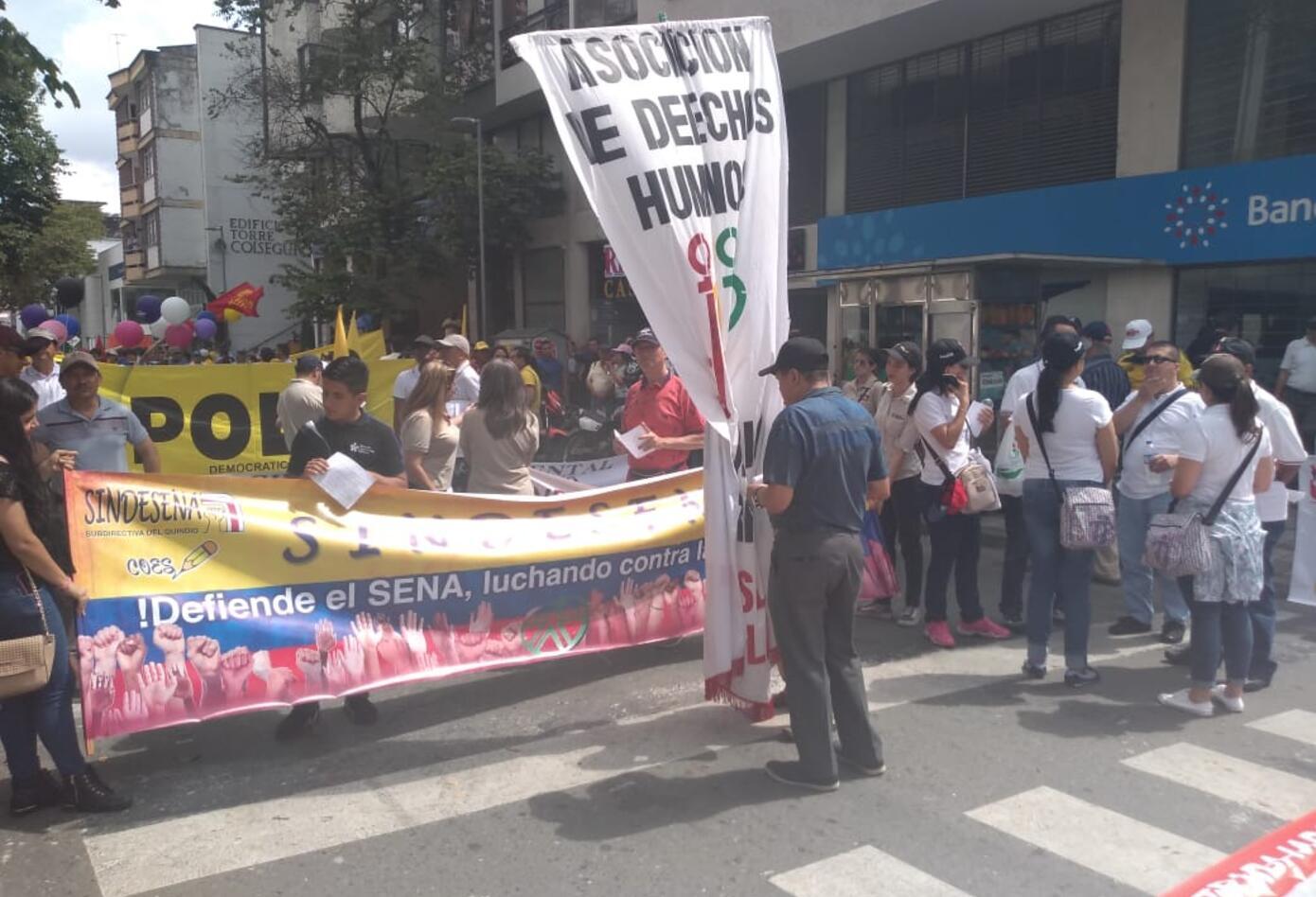 Marchas primero de mayo Armenia