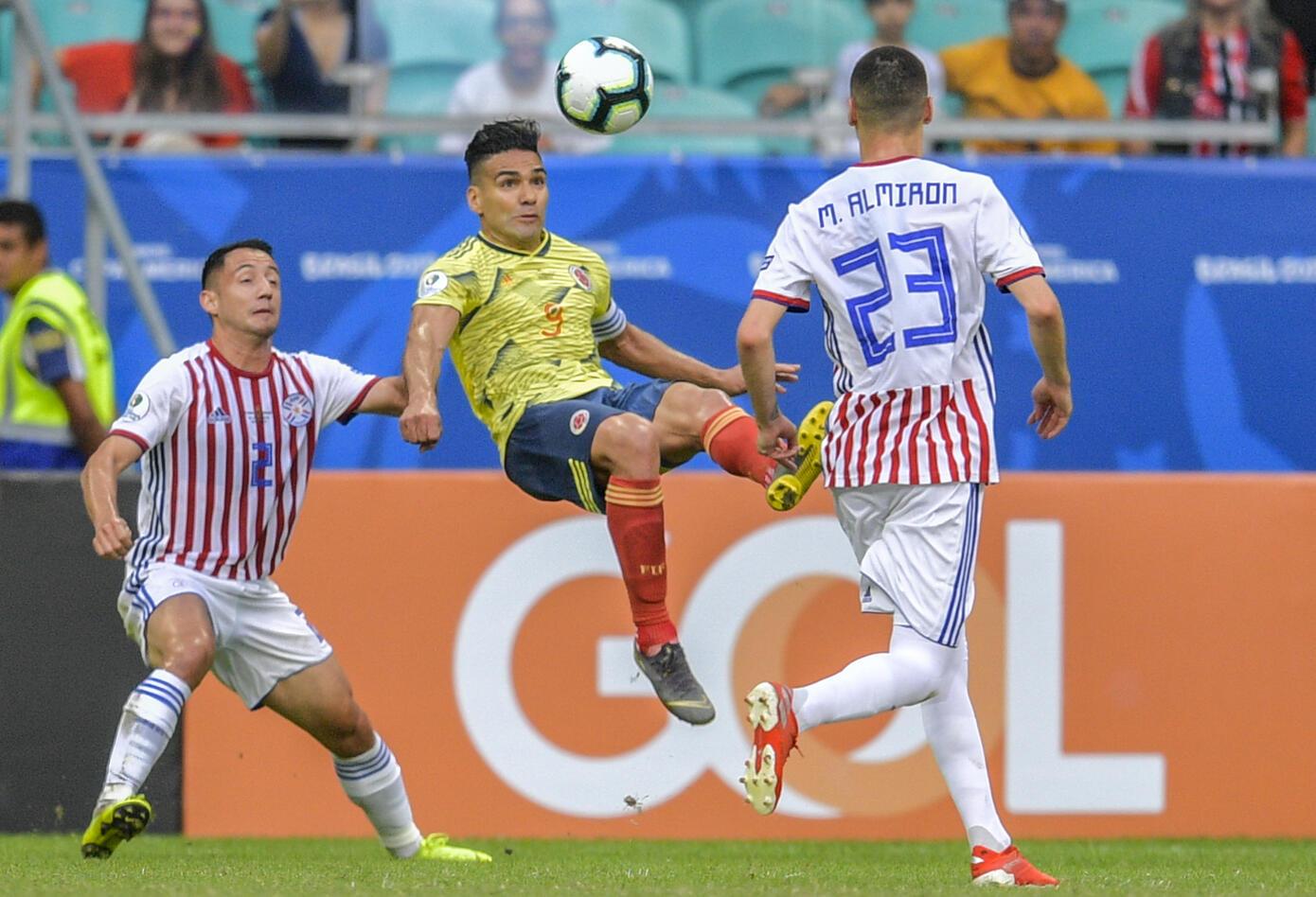 Selección Colombia versus Paraguay