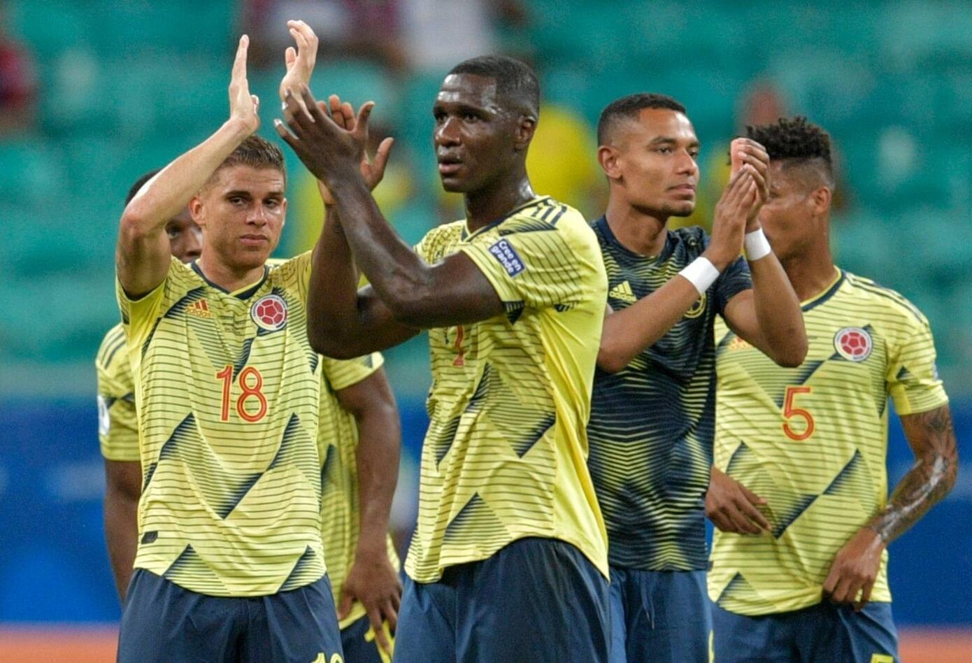 Colombia celebra victoria contra Paraguay