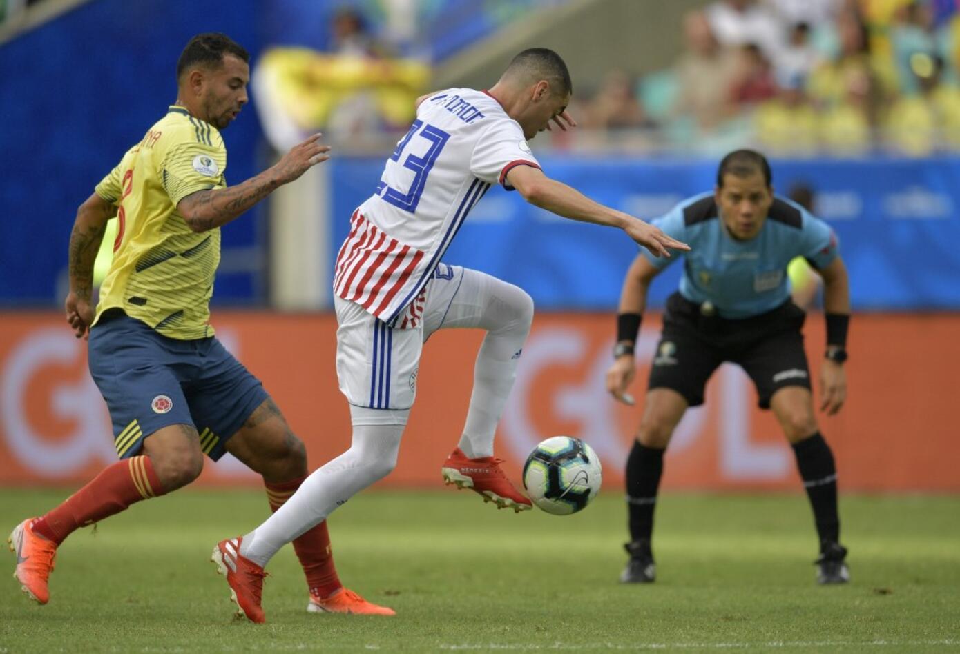 Edwin Cardona con la Selección Colombia ante Paraguay