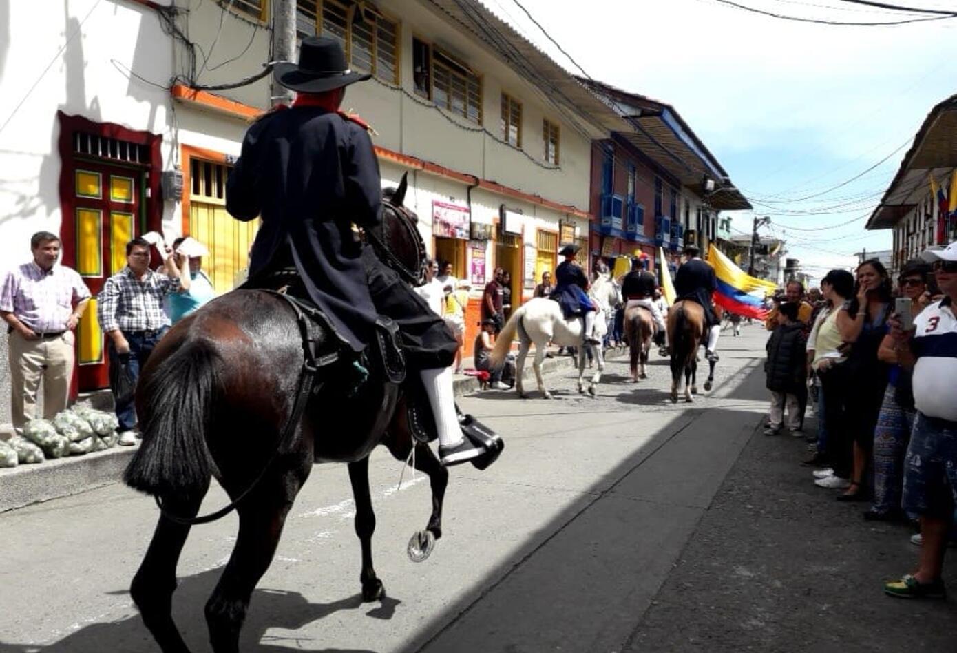 Representación del paso de Simón Bolívar por el Quindío