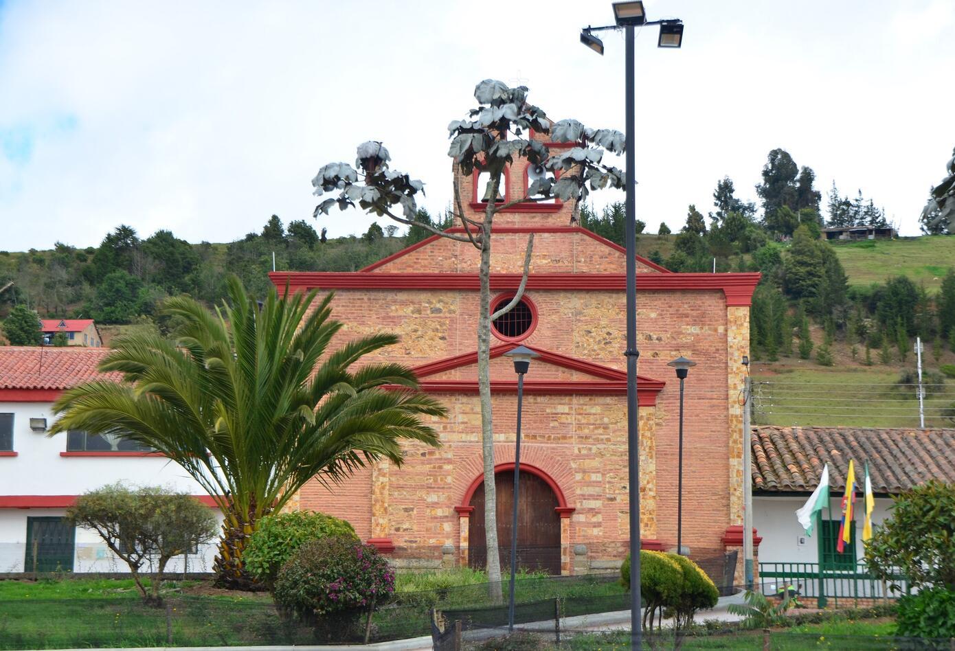 Iglesia La Ermita en el municipio de Chivatá