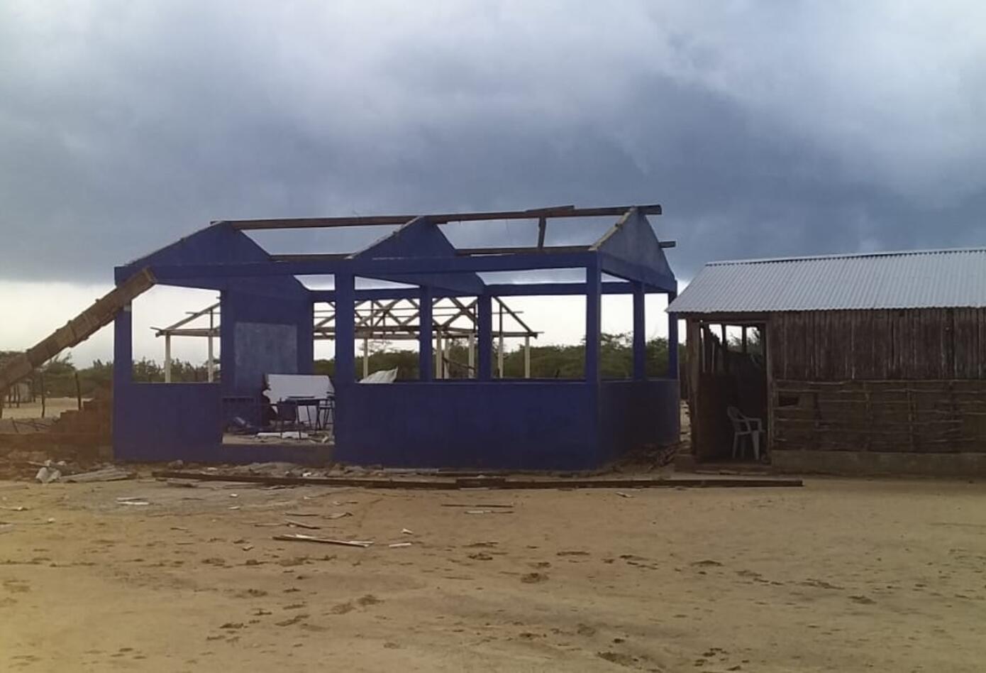 cerca de 30 casas destruidas, colegio y centro se salud