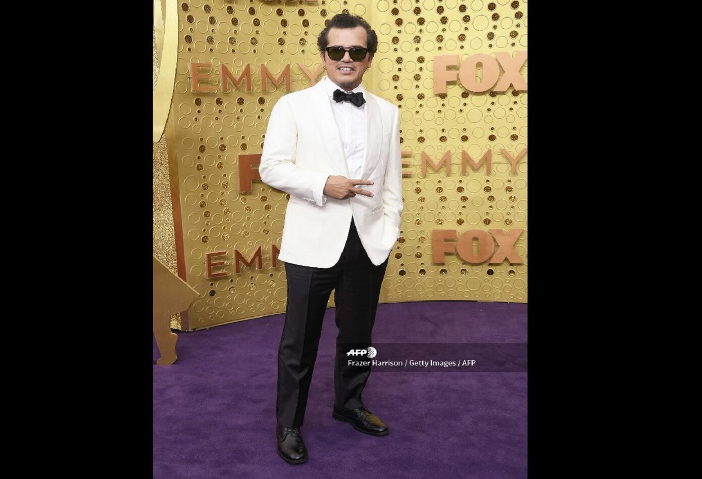 John Leguizamo en los premios Emmy