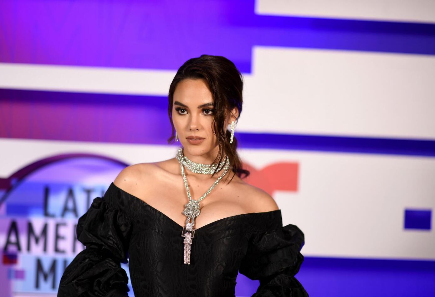 Catriona Gray, Miss Universo en los Latin AMAs 2019