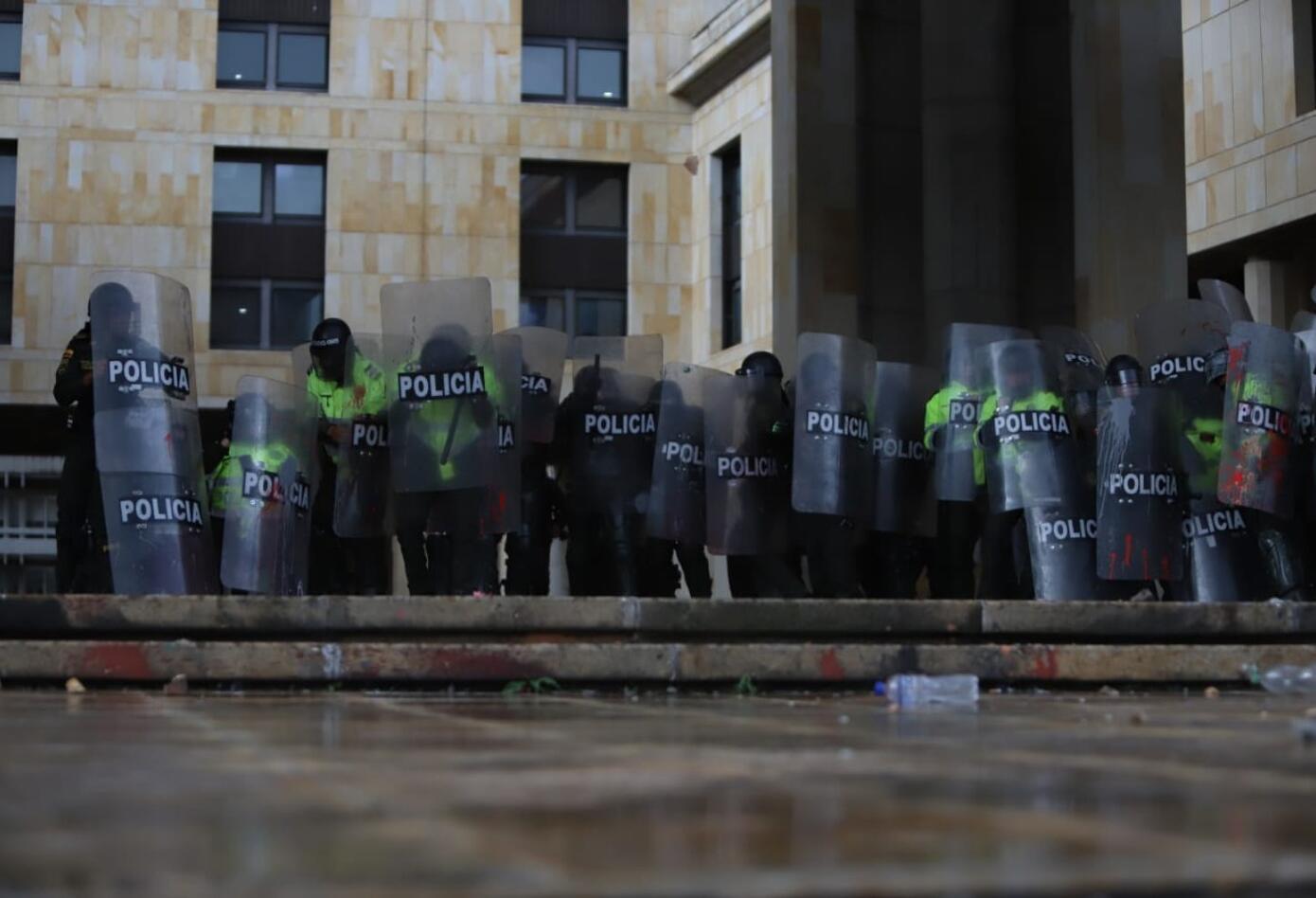 Marcha de estudiantes termina en fuertes desmanes