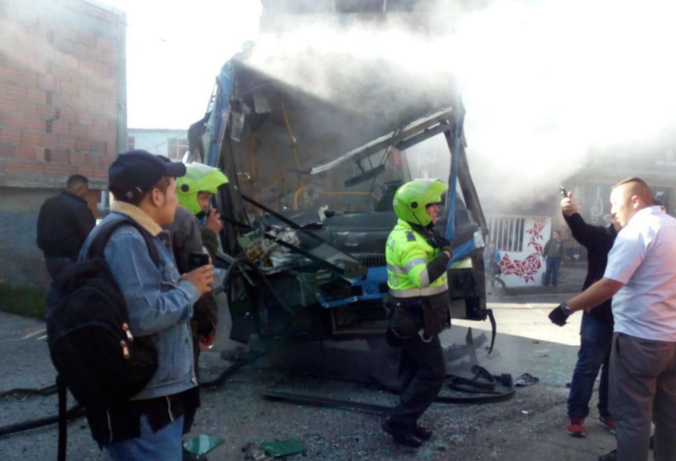 Accidente de bus del Sitp en el sector Lucero.