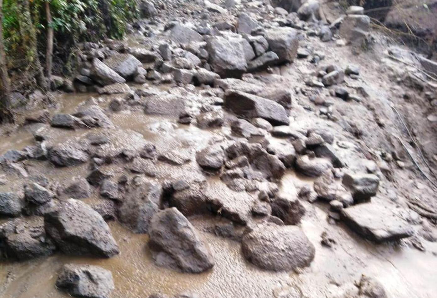 Las fuertes lluvias causaron la avalancha
