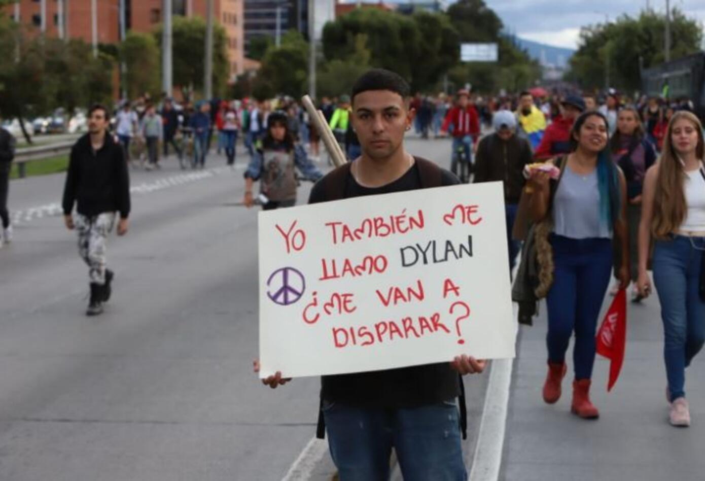 Marchas y pancartas en Bogotá