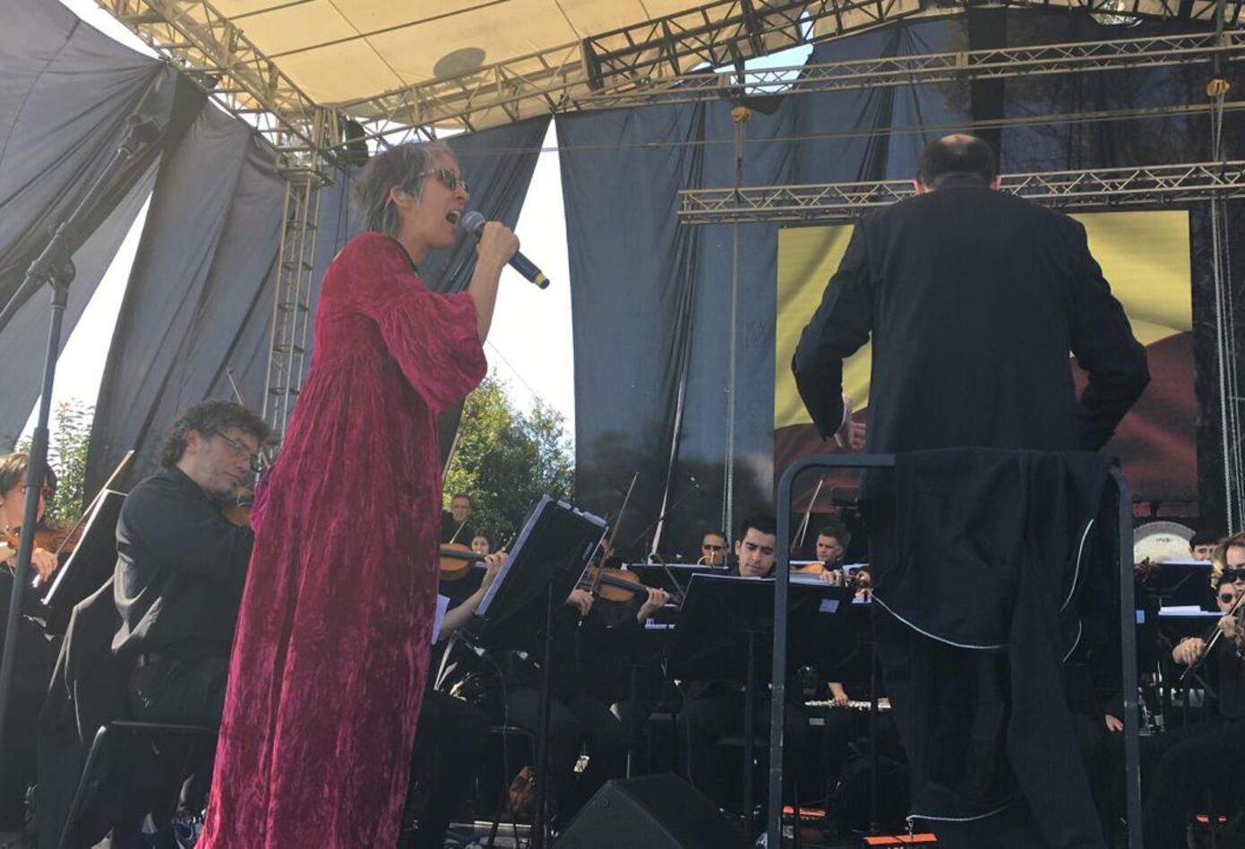Aterciopelados tocan con Filarmónica de Bogotá
