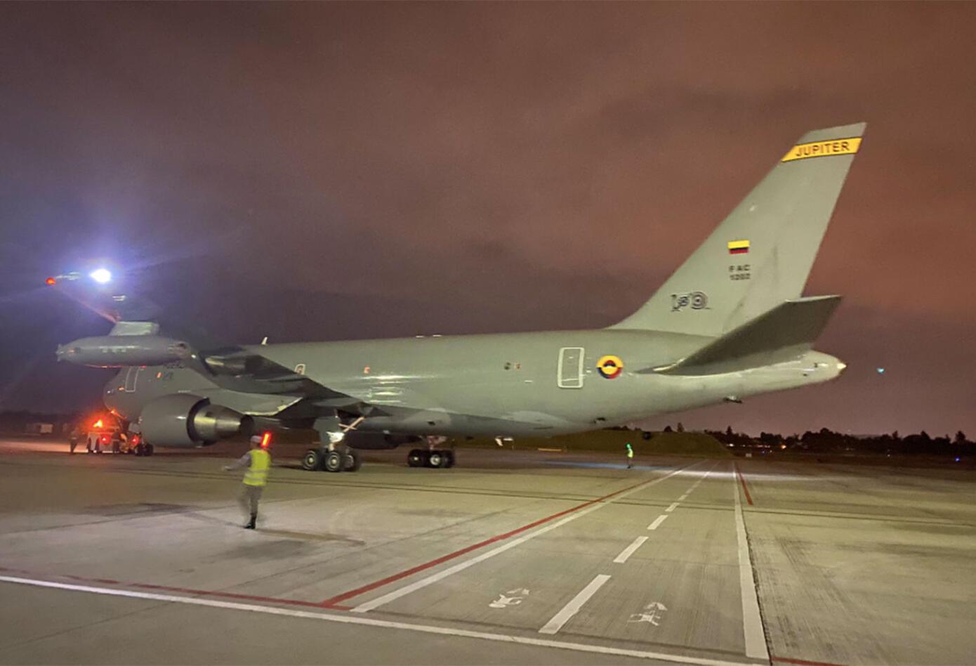 Un avión militar colombiano partió este sábado de Bogotá con destino a la ciudad china de Wuhan