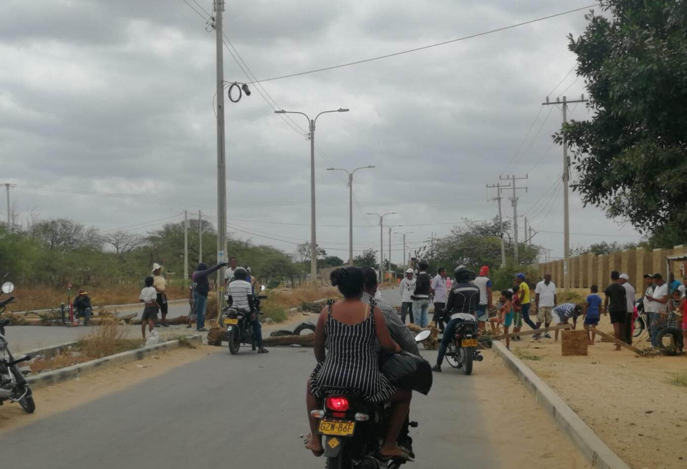 la comunidad dejó incomunicado al centro con los barrios de la comuna 10