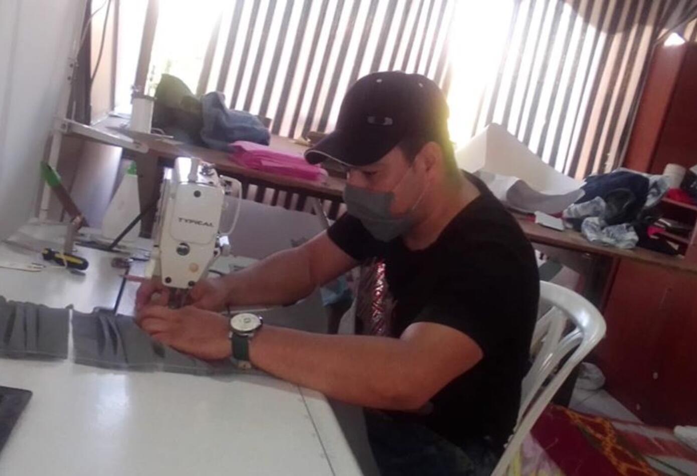 Fábrica de Tapabocas - Carmelo El Trovador
