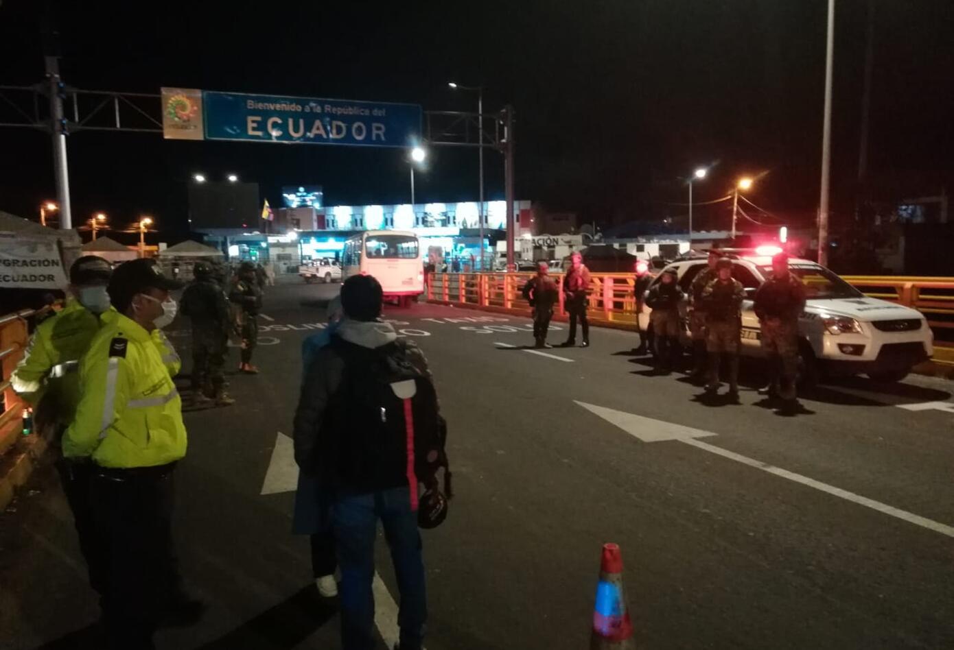 Fuerte dispositivo del lado Ecuatoriano