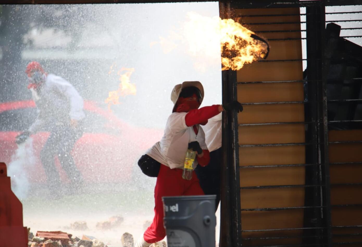 Disturbios Universidad Nacional - Marzo 3