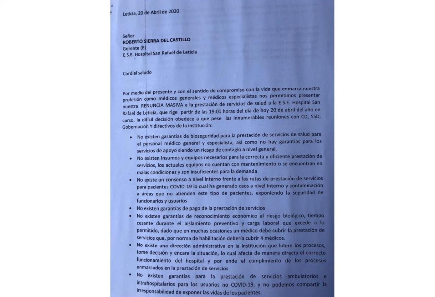 Carta de renuncia médico en Leticia.