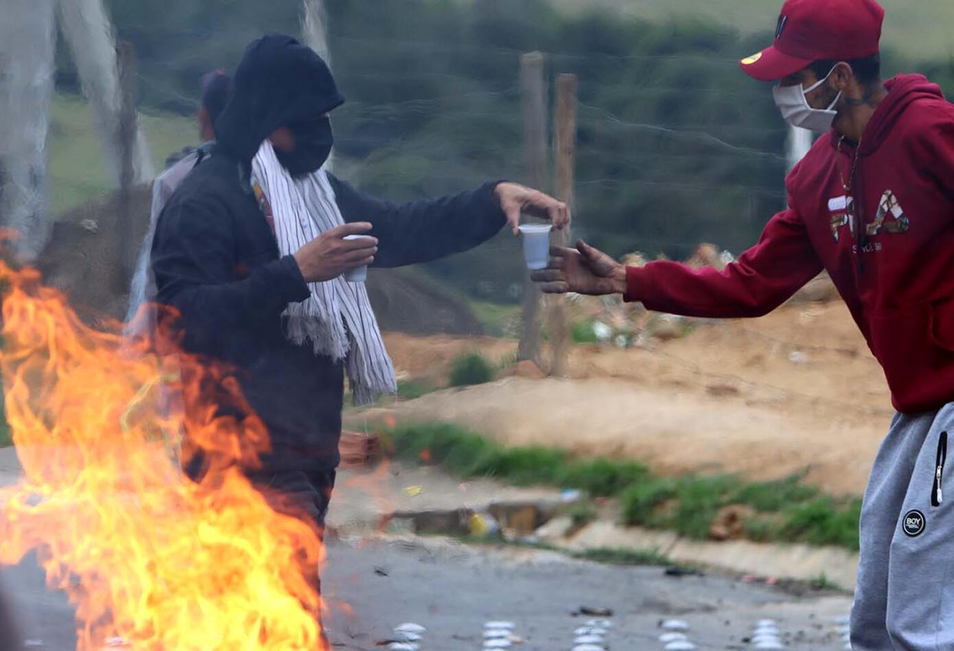 Hasta quemas han incluido las manifestaciones.