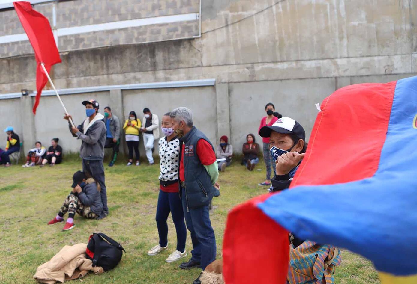 Algunos se trasladaron a la alcaldía de Ciudad Bolívar para reclamar por las ayudas.