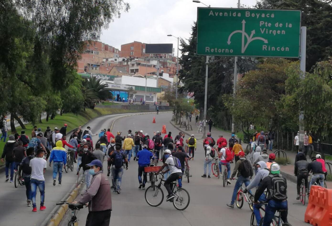 Se tomaron la Avenida Suba en medio de las protestas.