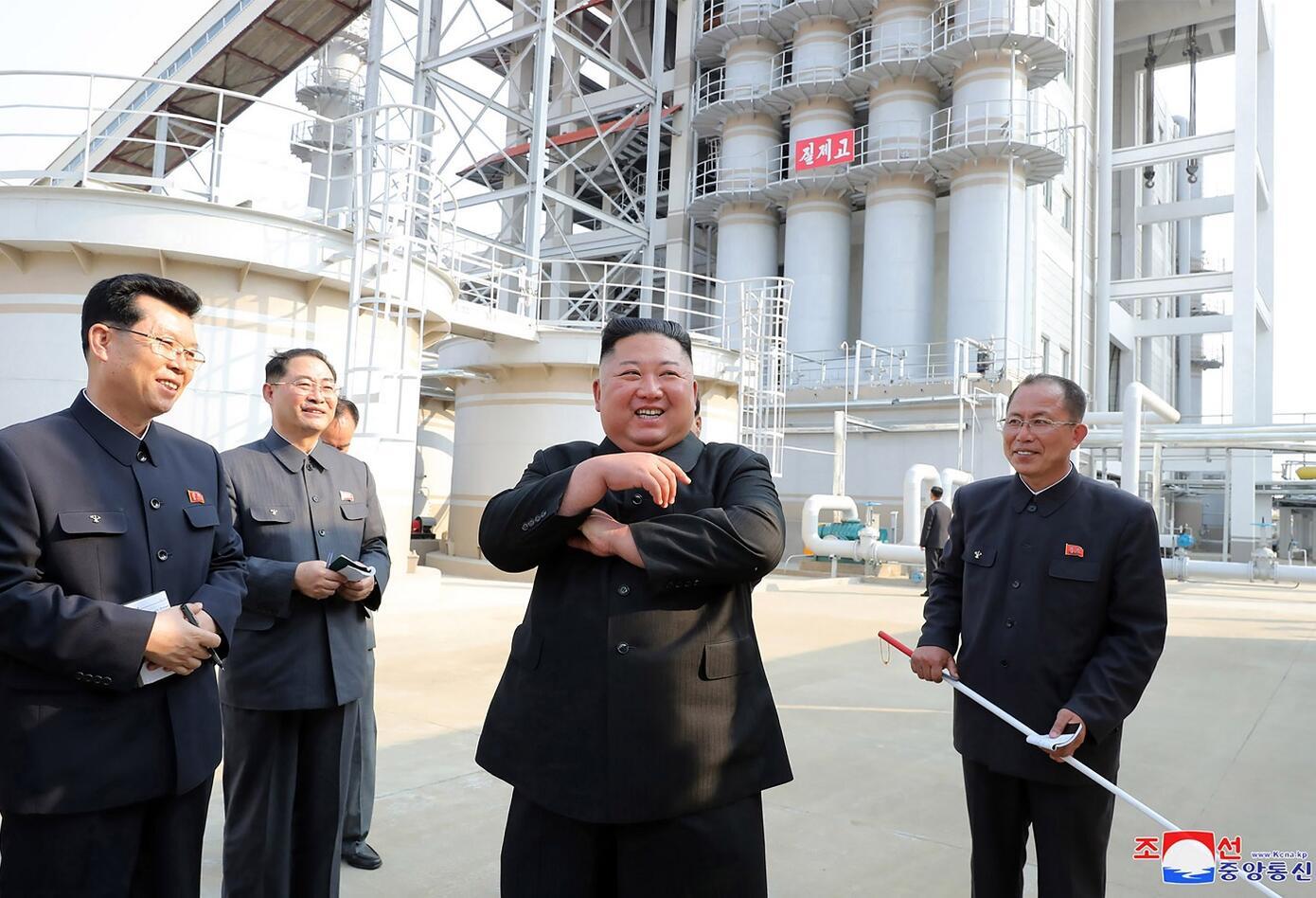 Primeras fotografías de Kim Jong-un en su reaparición en público ...