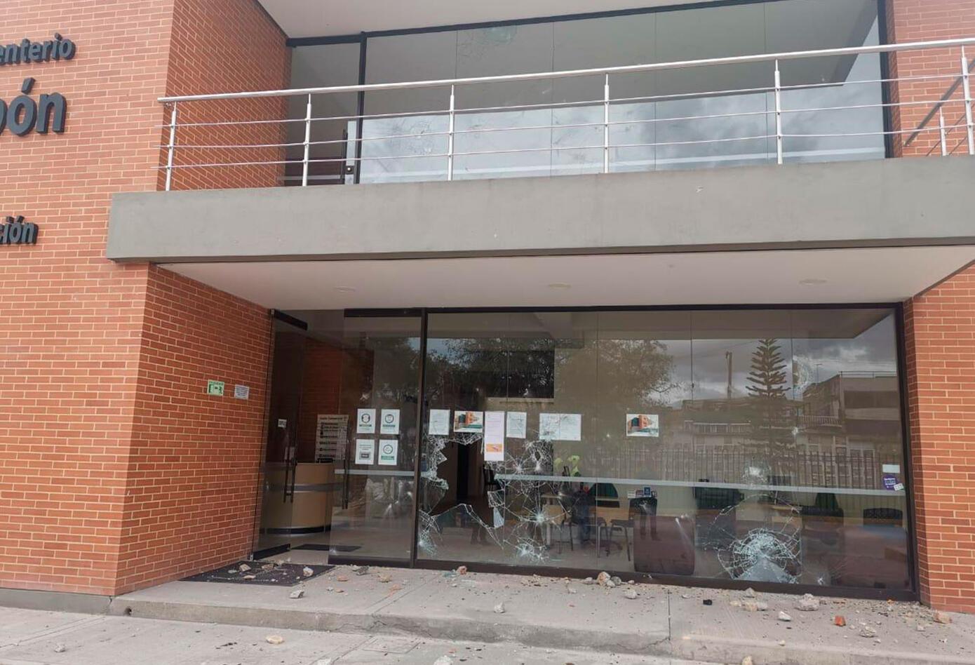 Horno crematorio de Fontibón es atacado a piedra