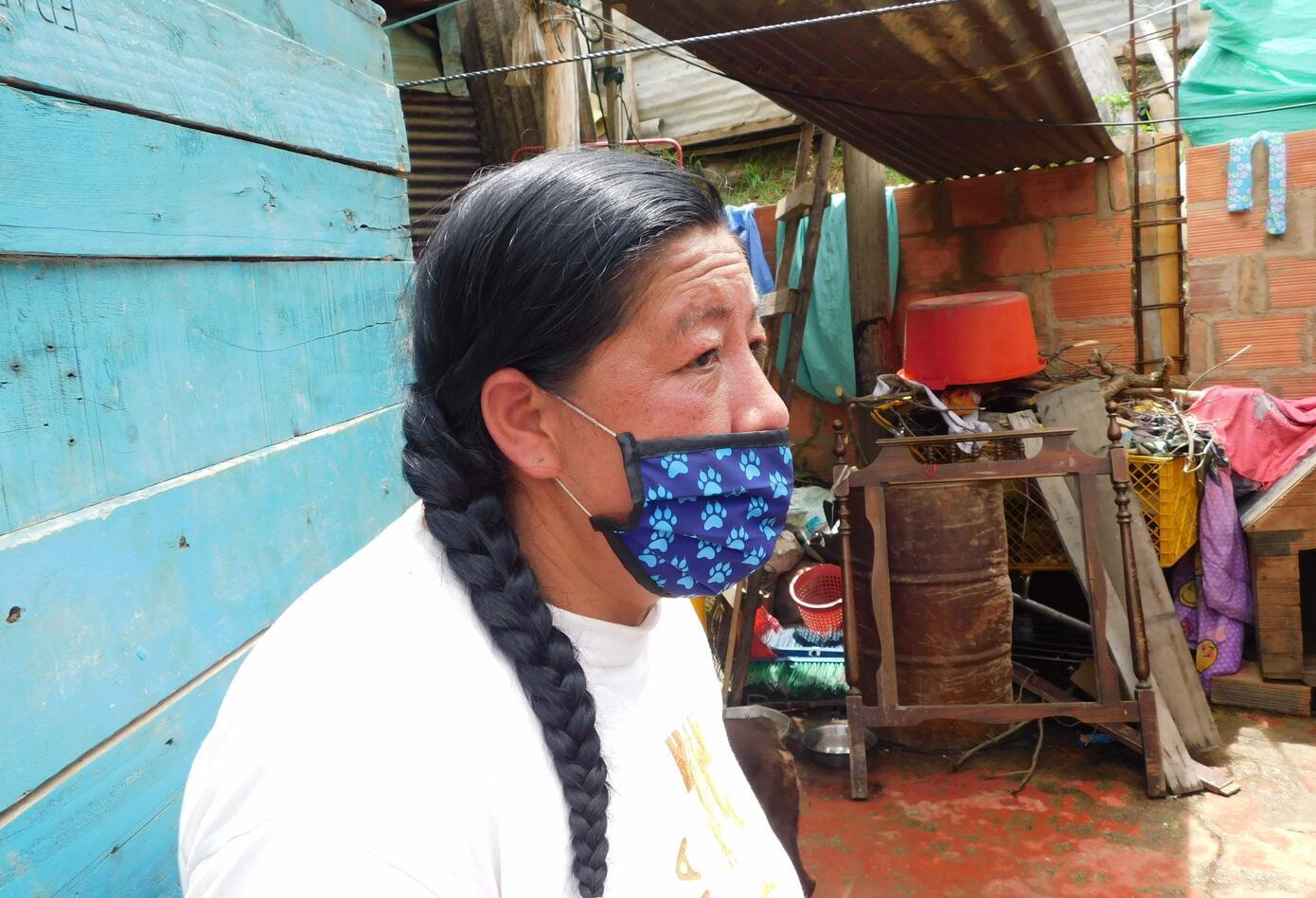 Luz Useche, la mujer que cuida de 100 animales de calle.