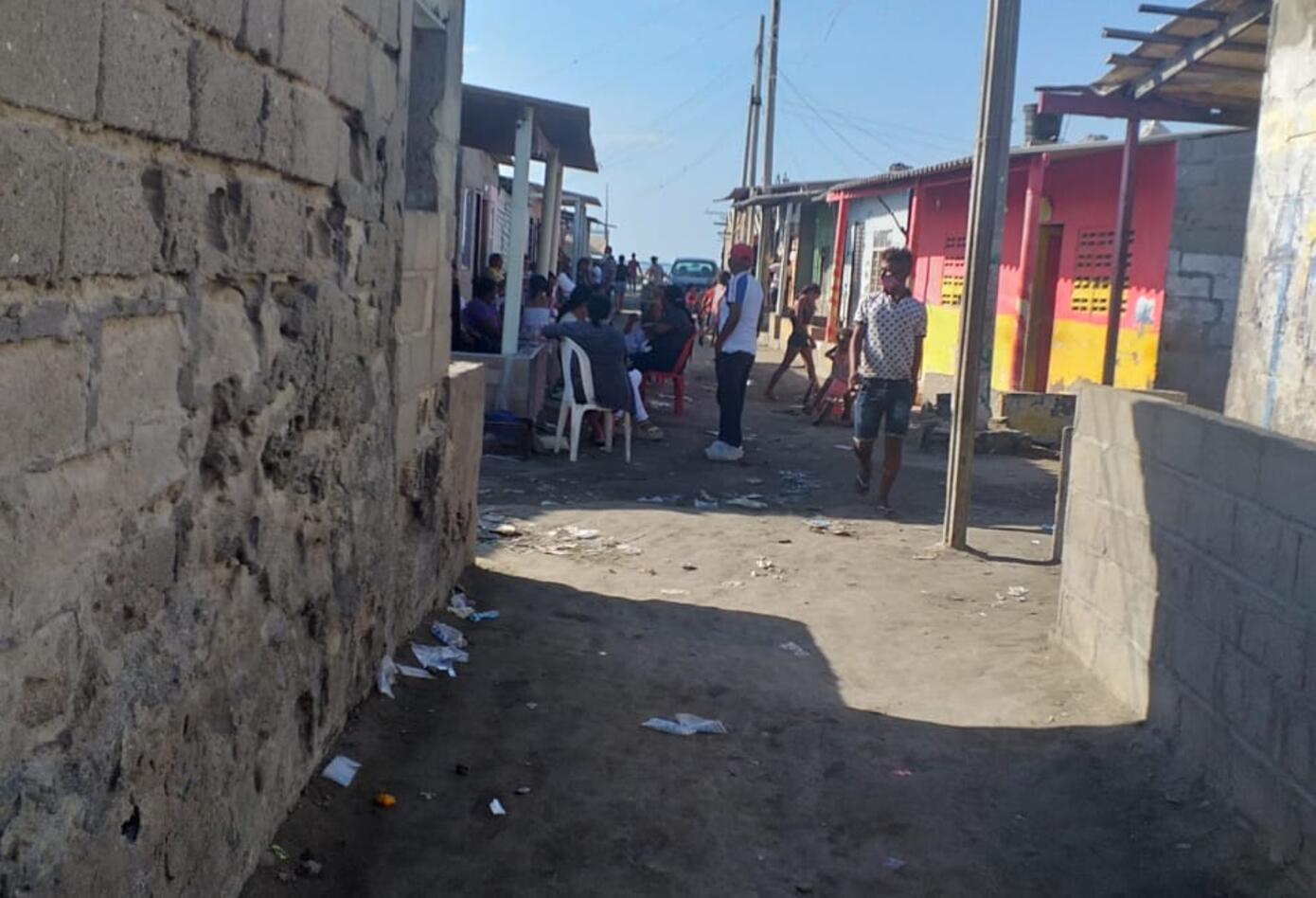 Es evidente en sus pequeñas calles y casas el abandono que por años se ha visto en esta población