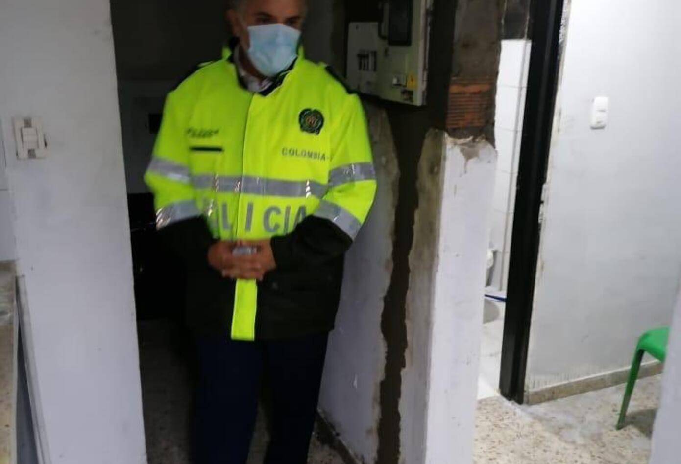Presidente Duque de policía 1