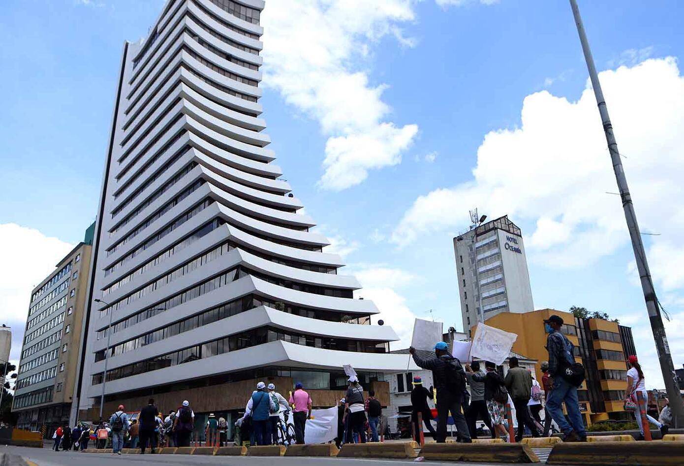 Marcha en Bogotá a favor de la Policía Nacional este 21 de septiembre