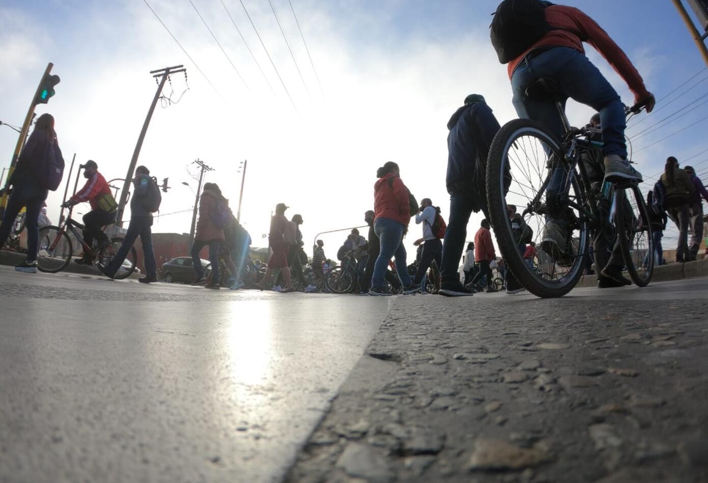 Protesta de conductores contra ciclorruta de Calle 13