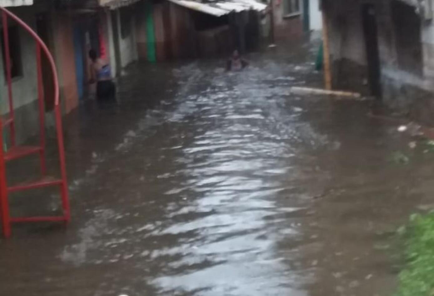 Inundación Bariro Milagro de Dios - Bibiana Marin