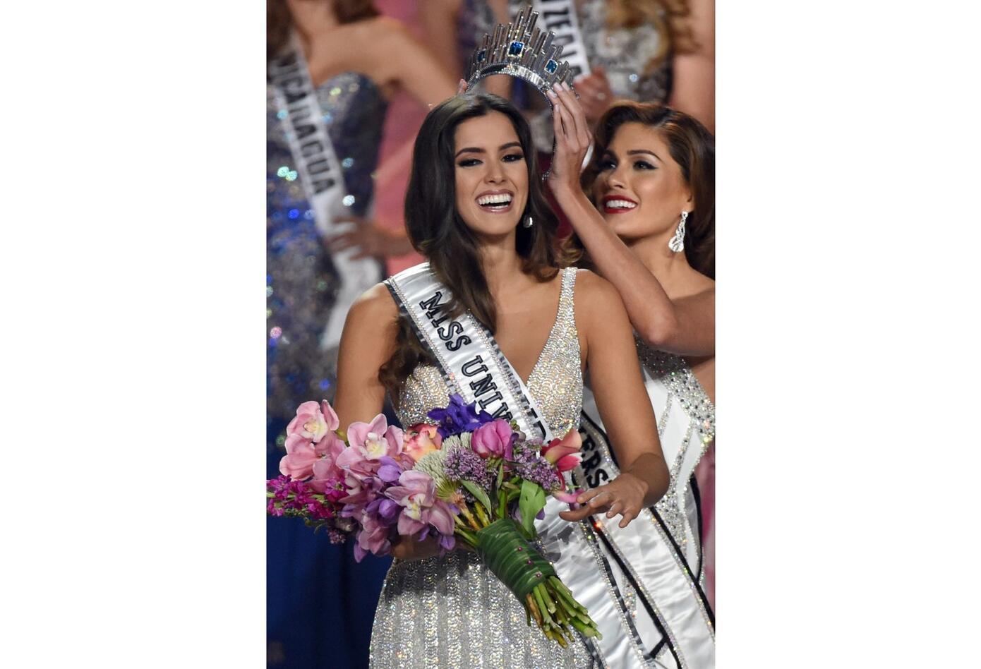 Paulina Vega coronada Miss Universo en 2015