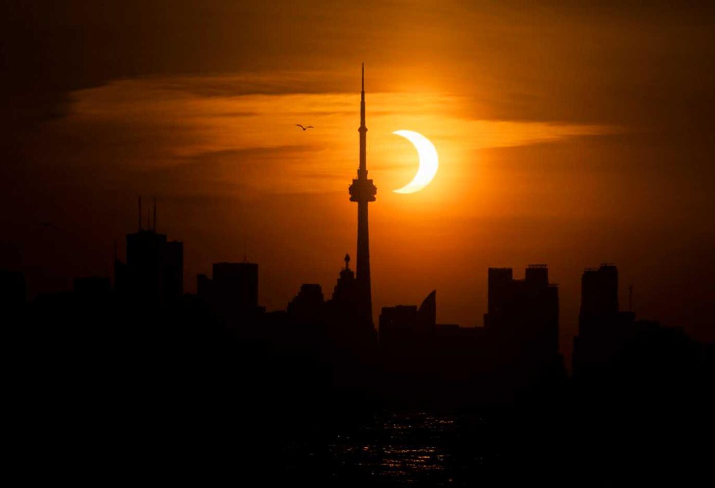 Eclipse anillo de fuego en Canadá