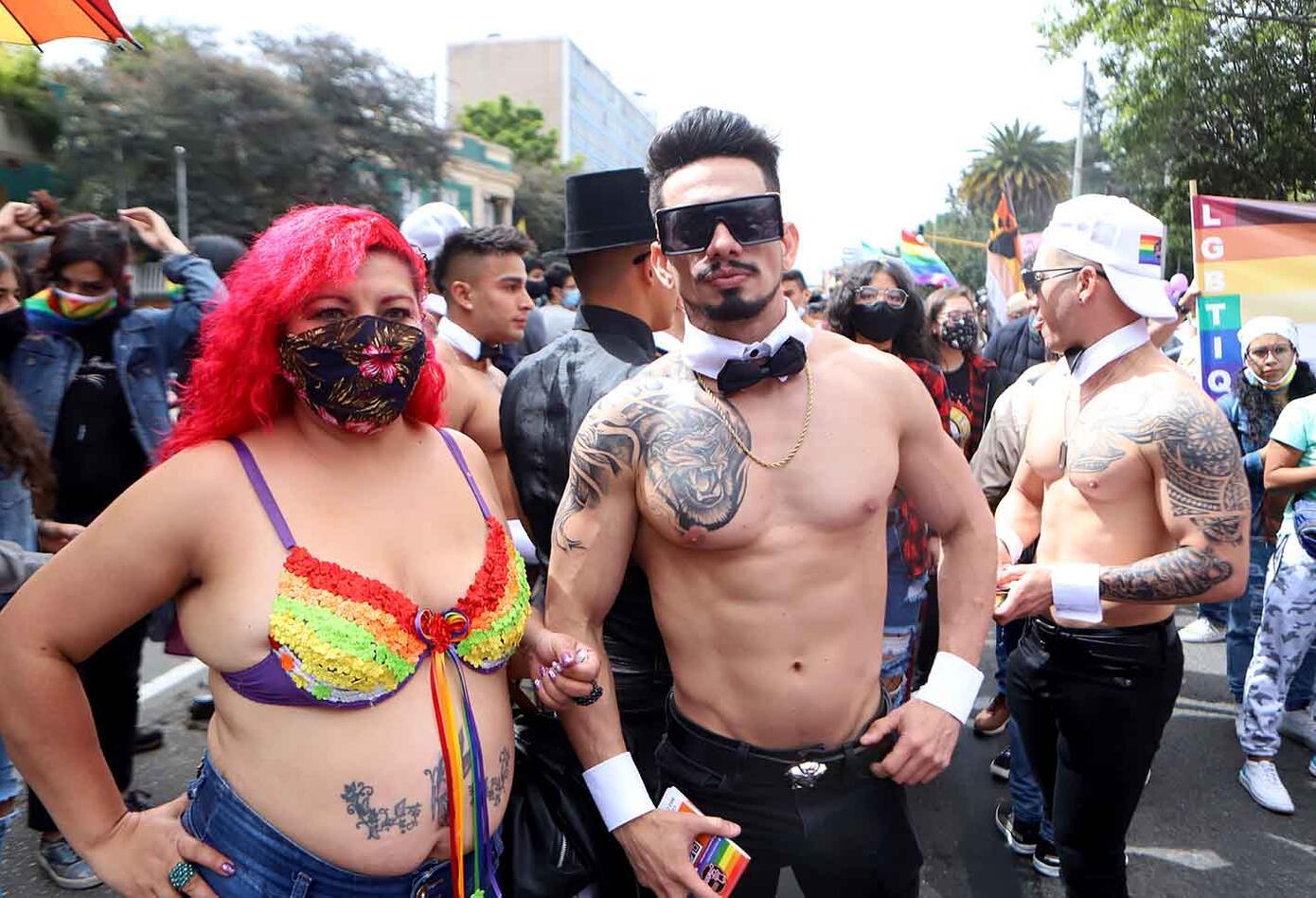 Así se vivió la marcha del Orgullo LQTBI+ en Bogotá   RCN Radio