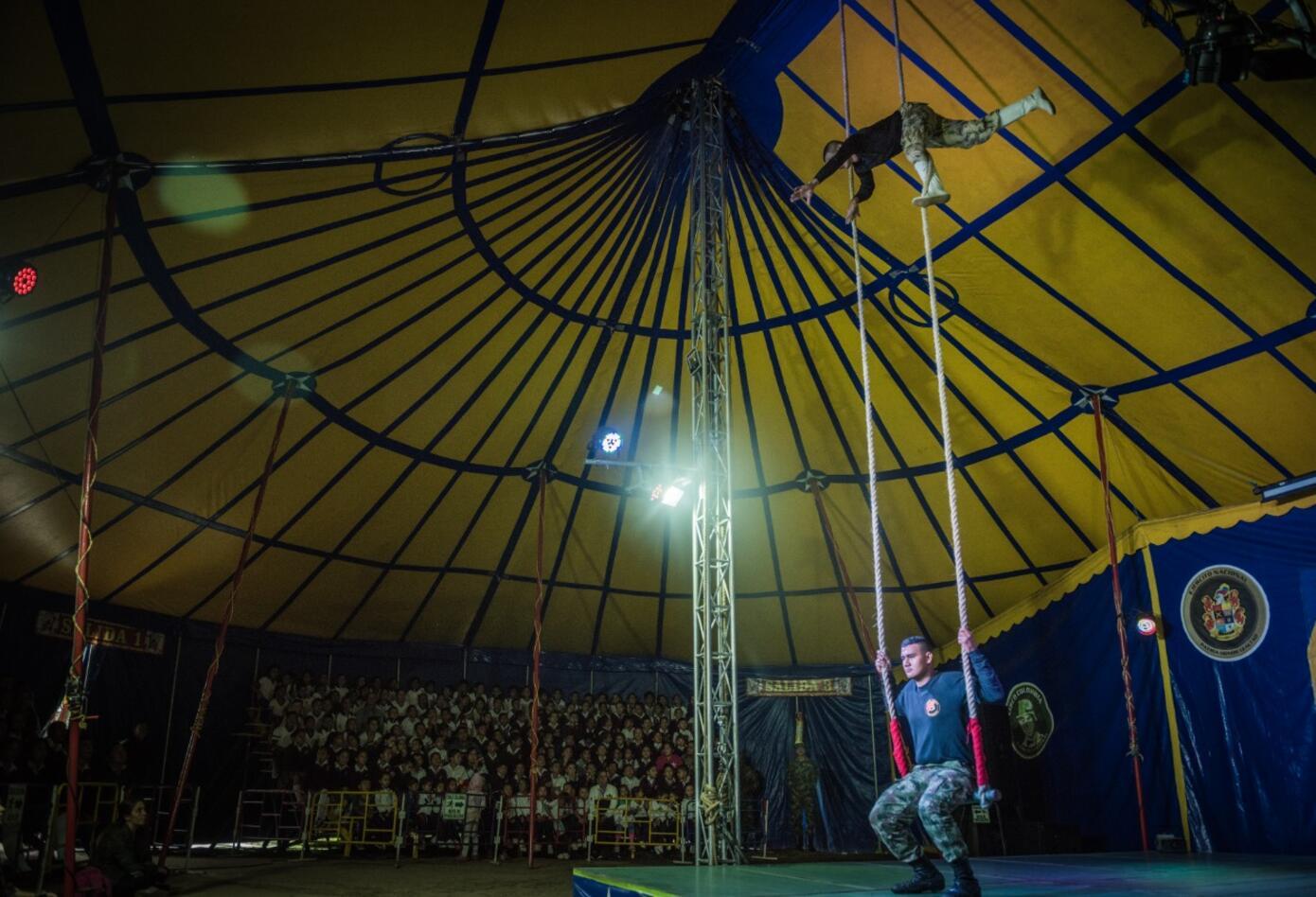 Circo Colombia Ejército