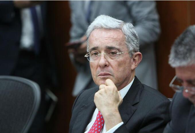 Álvaro Uribe, senador de la República.