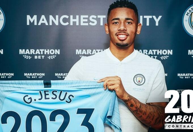 El brasileño Gabriel Jesús que renovó su contrato con el Manchester City