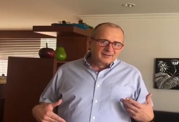 Jota Mario Valencia, presentador colombiano