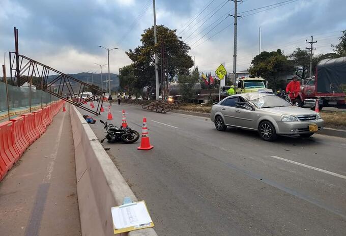 Accidente vía Bogotá - Girardot