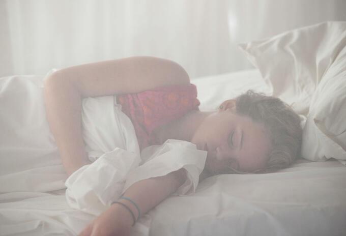 Dormir mal, es decir, despertarse en varias ocasiones durante la noche aumenta el riesgo de sufrir del corazón.