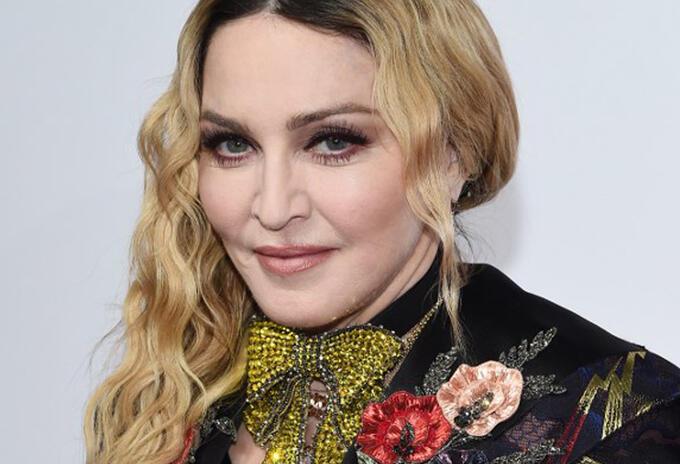 La cantante compartió un pequeño video en su cuenta de Instagram, donde presentó una nueva versión de su exitoso tema 'Like a Virgin'