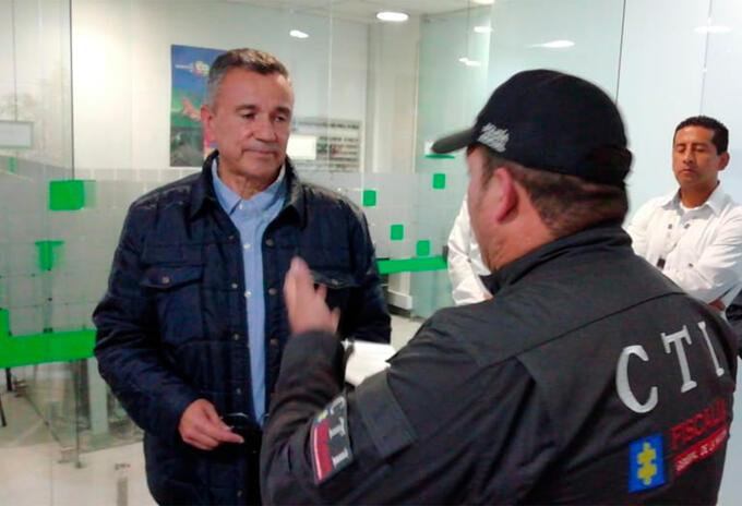 El general retirado Mauricio Santoyo tras ser deportado a Bogotá