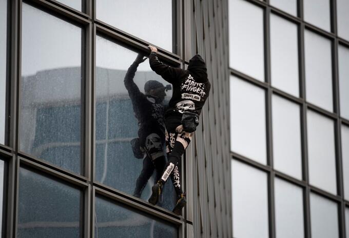 """Spiderman"" francés Alain Robert"
