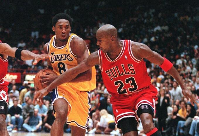 Kobe Bryant vs Michael Jordan en 1998