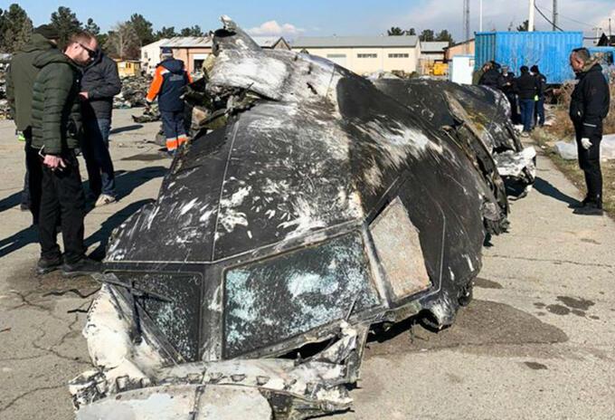 Restos del avión ucraniano derribado por Irán.