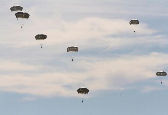 Paracaidistas del Ejército de EE.UU.