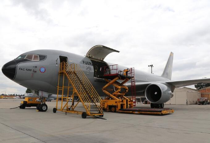 Avión de la Fuerza Aérea que traerá a colombianos de Wuhan