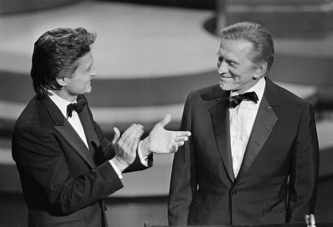 Michael Douglas y Kirk Douglas en 1985