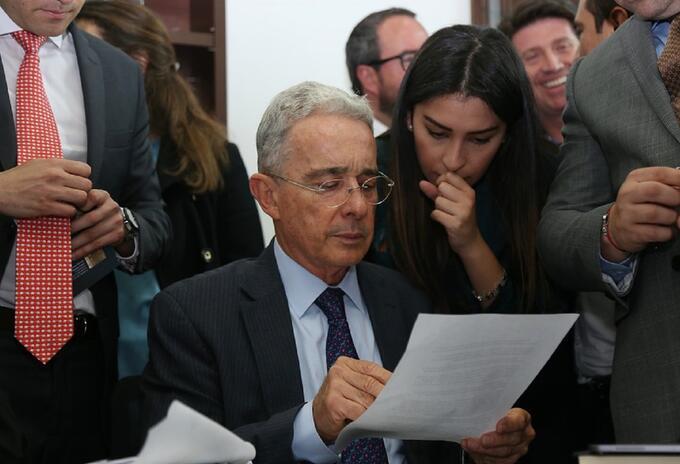 Álvaro Uribe, centro democrático