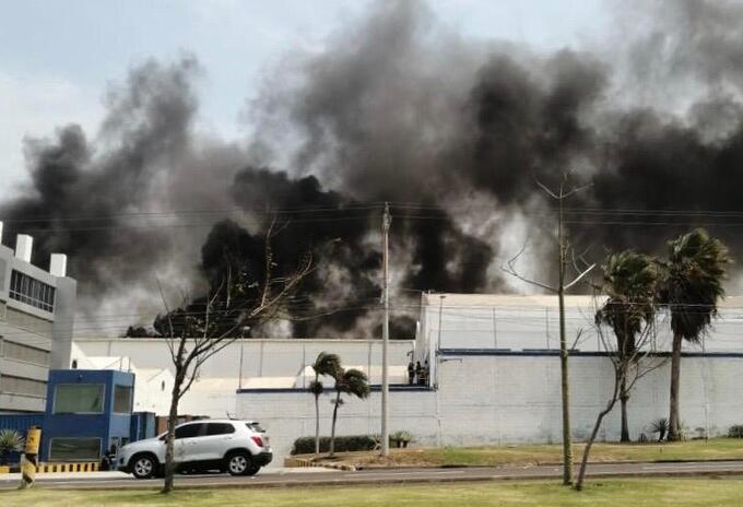 Incendio registrado en planta de Tecnoglass.